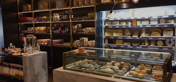 fromagerie cheese bar open now