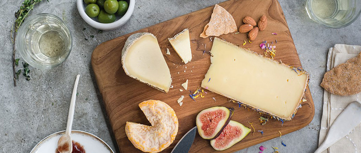 The-Perfect-Cheese-Board BLOG